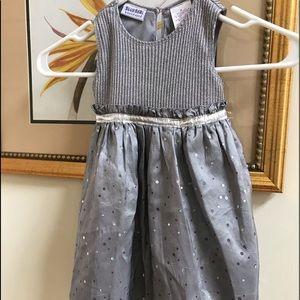 🌼🌼Girls silver dress size 2T